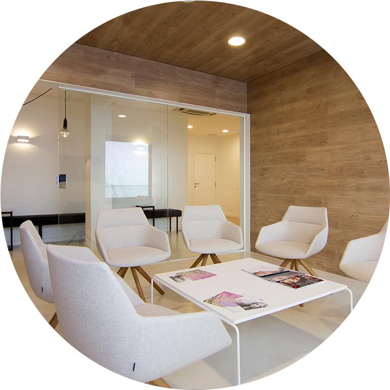 Einrichtung & Möbel