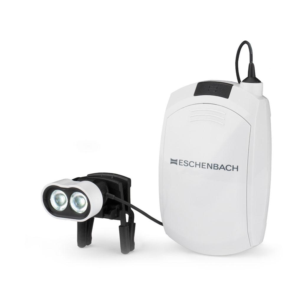 Das Produkt Eschenbach headlightLED, mit Clip für Brillenträger 160422 aus dem Global-dent online shop.