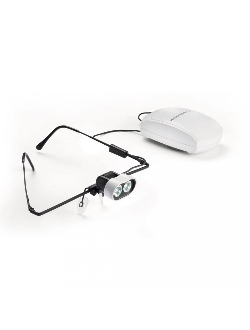 Das Produkt Eschenbach headlightLED, mit Tragesystem für Nicht-Brillenträger 160421 aus dem Global-dent online shop.